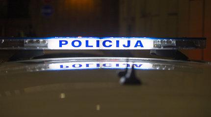 Kelmės rajone grupė nepažįstamųjų sumušė septynis vaikinus