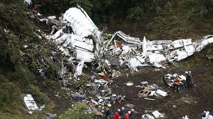 Paskelbtos aviakatastrofos Kolumbijoje priežastys: perkrautame orlaivyje buvo per mažai degalų