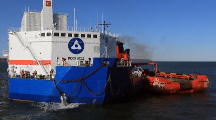 Rusijos plaukiojanti atominė elektrinė atvyko į numatytą uostą
