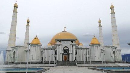 Lietuviai Turkmėnistane suprato, kodėl pasaulio musulmonai nemėgsta šios islamiškos šalies