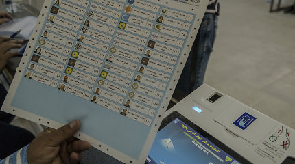Proiranietiškos grupės atmeta Irako parlamento rinkimų rezultatus