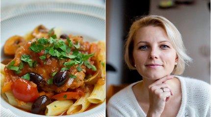 """Knygos """"Prancūzijos virtuvė"""" autorės receptas: vištienos """"cacciatore"""", arba vištiena pomidorų padaže"""