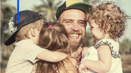 """Tėvystės atostogų išėjęs S.Urbonas: """"Mane vadino namų boba, sakė, kad mūsų šeimos hierarchija iškrypusi"""""""