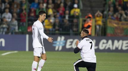 Į LFF aikštę pas C.Ronaldo bėgusio sirgaliaus byloje padėtas taškas
