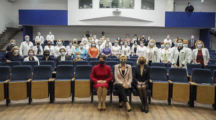 Pirmosios Lietuvos ir Lenkijos ponios D.Nausėdienė ir A.Kornhauser-Duda skatina atkreipti dėmesį į krūties vėžį