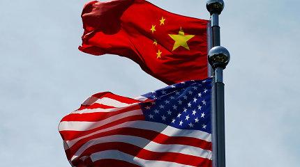 """Galima išeitis iš """"Huawei"""" problemų: parduoti išimtinę 5G technologijų licenciją amerikiečiams"""