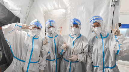 COVID-19 židinyje Pietų Kinijoje nustatyta dar 15 užsikrėtimo atvejų