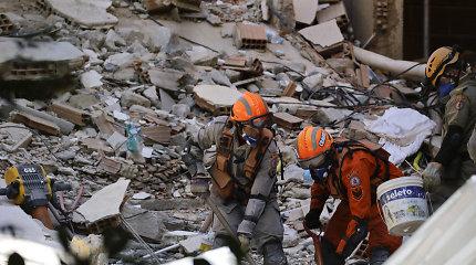 Brazilijoje sugriuvus dviem pastatams žuvusių žmonių skaičius išaugo iki 15