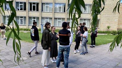 Švietimo agentūra siūlo įvesti tarpinius vertinimus ir juos įtraukti į brandos atestatą