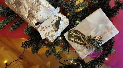 Dovanų pakavimui – viskas iš virtuvės: kaip panaudoti kepimo popierių, sumuštinių maišelius ir kavos filtrus