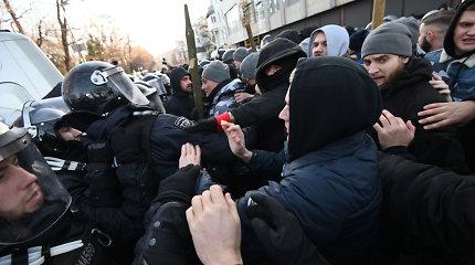 Ukrainoje per susirėmimus per protestą dėl žemės reformos sužeisti 19 žmonių