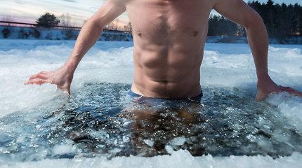 Iš pirties – į ledinę eketę: kodėl maudynėms reikia pasirengti iš anksto?
