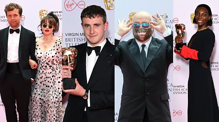 Praūžė BAFTA TV apdovanojimai: geriausi filmai, serialai ir ryškiausi įvaizdžiai