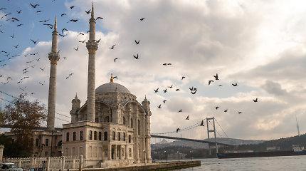 T.R.Erdoganas griebiasi geopolitinio šiaudo – siūlo kasti naują Bosforo sąsiaurį