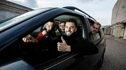 """Kauniečiai už 80 eurų įsigijo """"Opelį"""" ir nuvarė į Tatrus: misija – užstumti neužsivedančią mašiną į kalnus"""