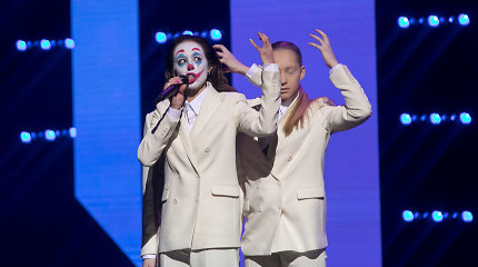 """""""Eurovizijos"""" finale – atlikėjos KaYra staigmena: kovai pasitelkė žinomų atlikėjų gvardiją"""
