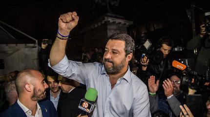 Italijos dešinieji per vietos valdžios rinkimus triumfavo kairuolių tvirtovėje