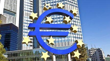 Artėjant M.Draghi eros pabaigai, ECB turės priimti sprendimą dėl ekonomikos skatinimo
