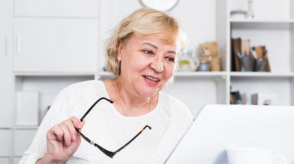 58-erių Janina drąsiai keičia profesijas – nuo mokytojos iki pardavėjos, nuo pardavėjos – iki korepetitorės
