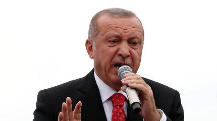 """R.T.Erdoganas: armėnų genocido pripažinimas Atstovų Rūmuose yra """"bevertis"""""""