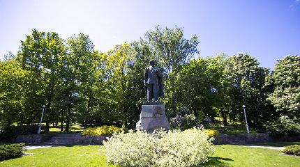 Vilniaus politikai spręs, ar pritarti P.Cvirkos skulptūros nukėlimui
