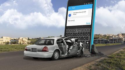 Kunigas ir saugaus eismo ekspertas – apie iš rankų net vairuojant nepaleidžiamus telefonus