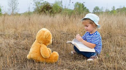 Garsiausi vaikų rašytojai piešia savo skaitytojo portretą: tegu jame būna skaitantys vaikai