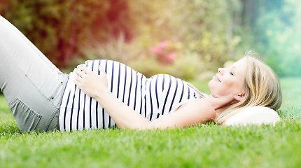 Veganizmas ir nėštumas: ką derėtų žinoti apie baltymus, vitaminą B12 ir kitas medžiagas? Mitybos specialisto patarimai