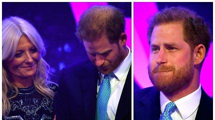 Prisiminęs žmonos Meghan Markle nėštumą, princas Harry susigraudino: žiūrėkite vaizdo įrašą