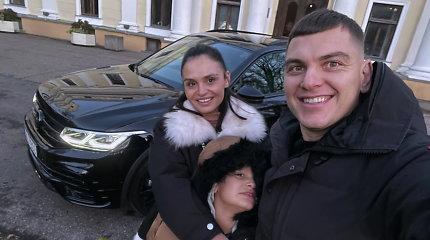 """R.Mackevičius su šeima išbandė naująjį """"Volkswagen Tiguan"""""""