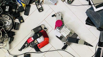 Vingio parko prieigas nušvies instaliacija iš elektronikos atliekų