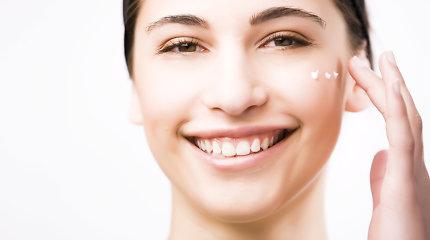 Kas geriau: veido kremas ar kosmetinis aliejus? Specialistės patarimai