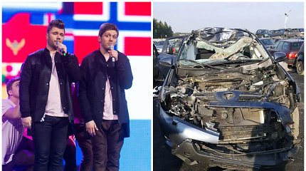 """Grupės """"Twosome"""" nariai Justinas ir Zigmantas pateko į avariją: iš automobilio nieko neliko"""