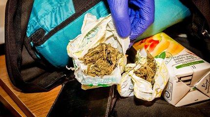 Alytuje sulaikytas 18-metis ir šeši nepilnamečiai su narkotinėmis medžiagomis