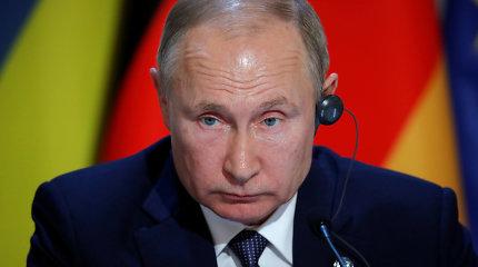 """Po vyriausybės pertvarkos V.Putinas prakalbo apie """"pereinamąjį laikotarpį"""""""
