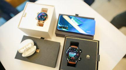 """""""Huawei"""" Lietuvoje pristatė naują telefoną, ausines ir laikrodį"""