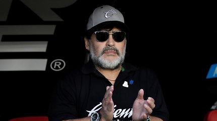 Legenda ilgai neatostogavo: Diego Maradona treniruos gimtojoje Argentinoje