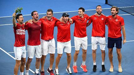 ATP taurė – serbų rankose: N.Džokovičius dominavo prieš R.Nadalį ir žibėjo dvejetuose