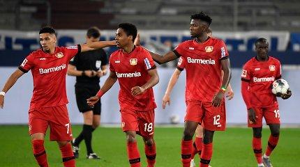 """Bundeslyga: """"Bayer"""" naudojasi šansu ir kyla į ketvirtą poziciją"""