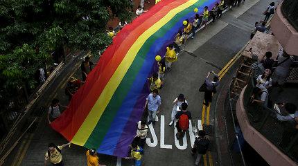 """Honkonge tebesitęsiant protestams, LGBT eitynes leista rengti """"viešojo susitikimo"""" forma"""
