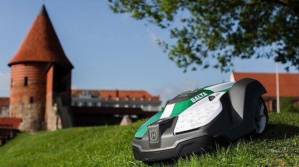 Vejų prižiūrėtojais miestai įdarbina robotus: šiemet jungiasi Vilnius ir Jonava