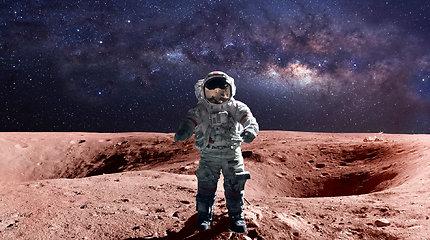 Minint 52-ąsias išsilaipinimo Mėnulyje metines: kodėl ten daugiau nebeskrendame?