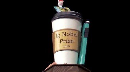 Šnobelio apdovanojimuose – dėmesys neįprastam raganosių gabenimo būdui ir slogą gydantiems orgazmams