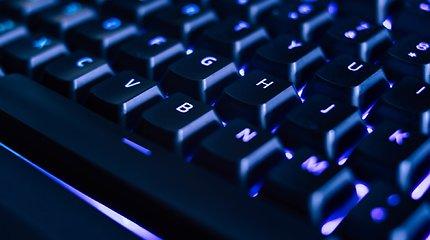 Išsigelbėjimas pavargusiems dirbti pele – nepamainomos klaviatūros klavišų kombinacijos