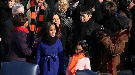 Baracko ir Michelle Obamų dukrų gyvenimas