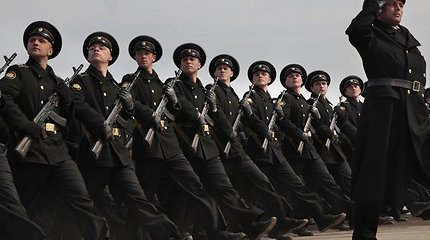 Nuo 2010 metų Rusijos armija persirengia nauja uniforma, kurią pasiūlė Judaškinas
