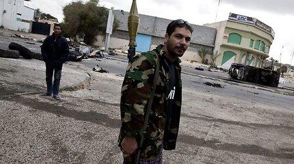 Libijoje pagrobti Rusijos žurnalistai po apklausos buvo paleisti į laisvę (atnaujinta 0.20 val.)