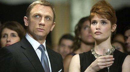 """Džeimso Bondo bosai apgailestauja """"nužudę"""" Gemmą Arterton"""