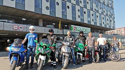 Lietuvos kelių policijos tarnybos viršininkas Vytautas Grašys diskutavo apie galimybę motociklininkams važiuoti A juosta