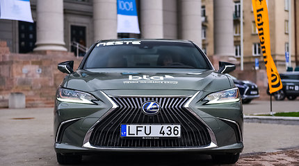 """Lexus ES"" – konkurso ""Metų automobilis 2020"" dalyvis"
